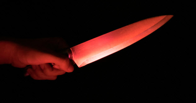 2-feature-knife-stabbing_000076007349_Small