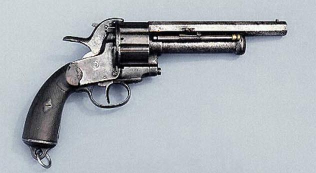 7-lemat-revolver