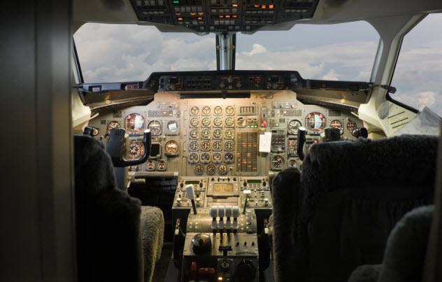 1-autopilot_000008340103_Small