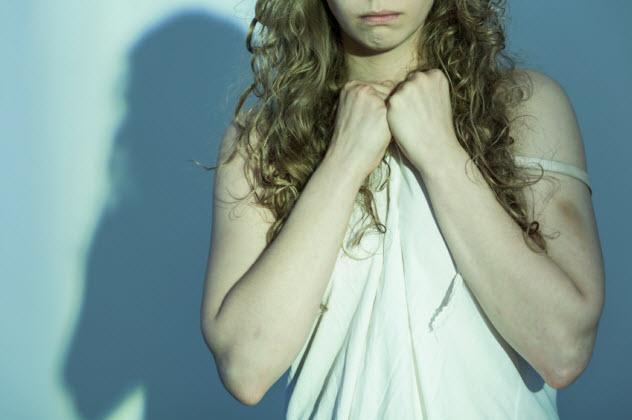10-female-rape-victim_000075131003_Small