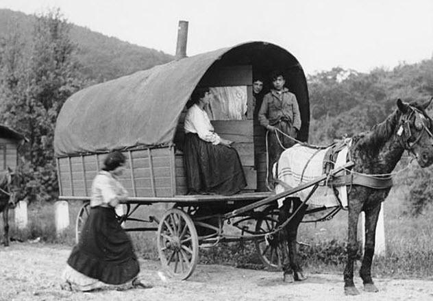9-romani-wagon