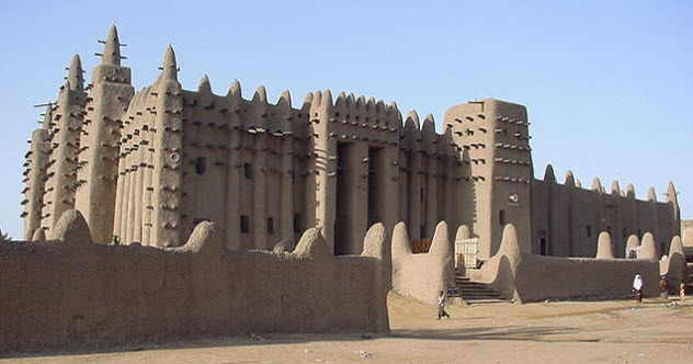 7-mali-empire-great-mosque-of-djenne