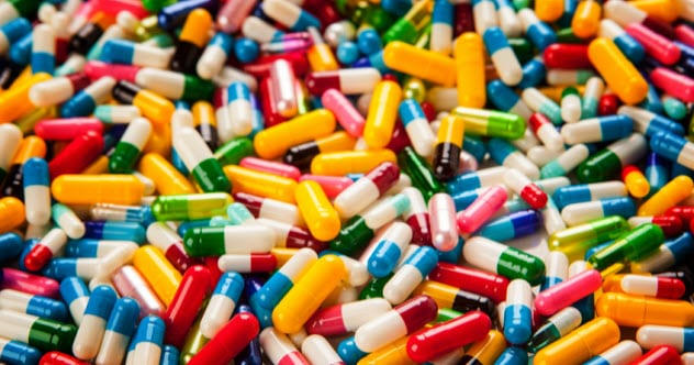 10a-capsules_61839280_SMALL