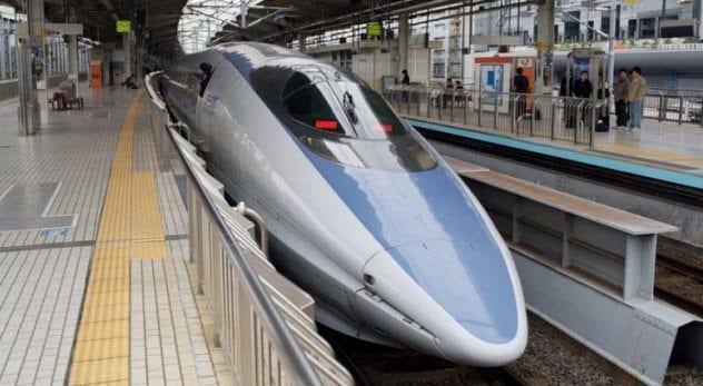 7-bullet-train
