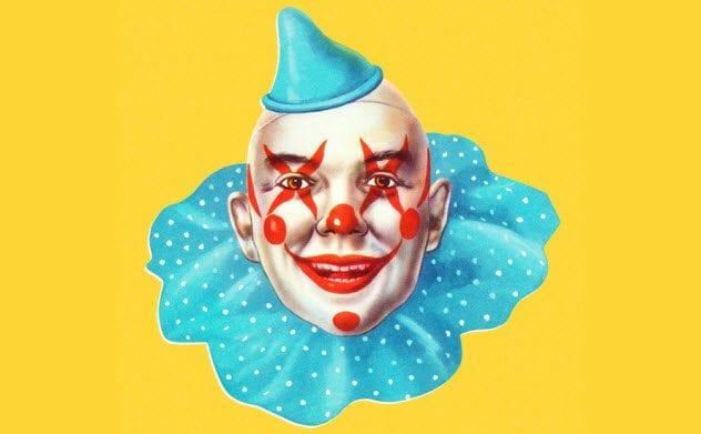 8a-clown-portrait-472801766