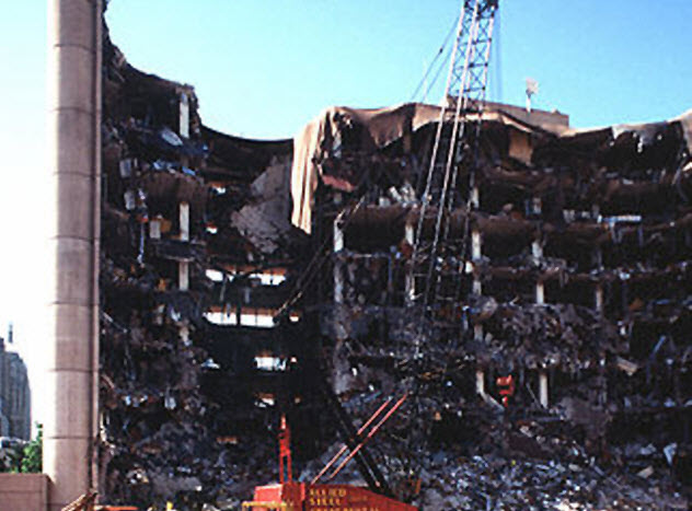4-oklahoma-bombing-despeck