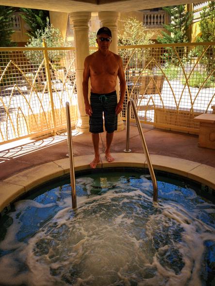 Dry Creek Inn hot tub