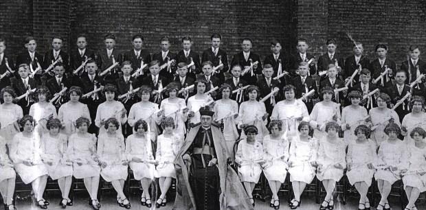 St_George_1927_Graduation