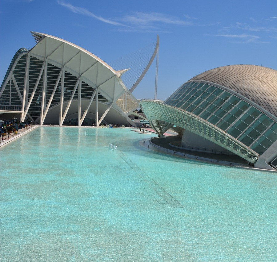 CoverMore_Lisa_Owen_Spain_Valencia_ScienceArtsBuilding2.jpg