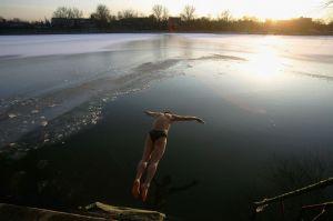 swim ice water