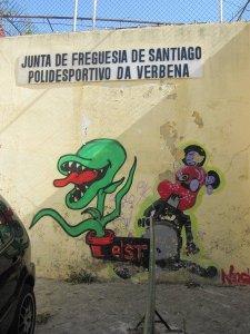 street art lisbon 13