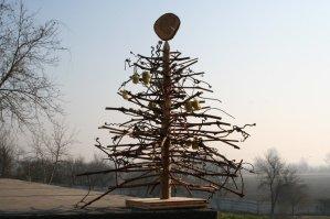 alternative christmas tree by woodrepublic 1
