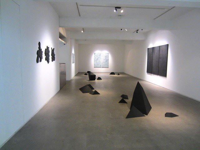 cluster of art galleries in tokyo 7