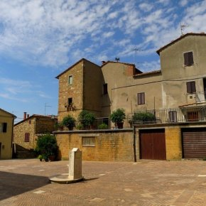 PIENZA IN 50 PICTURES