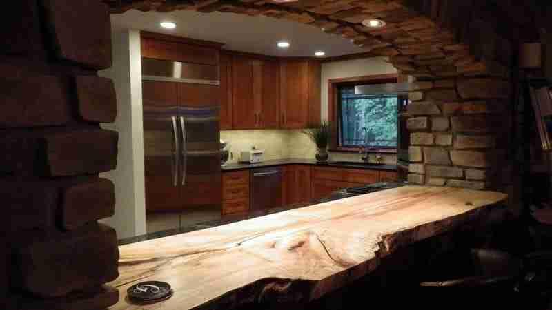 Natural wood countertops littlebranch farm for Live wood countertops