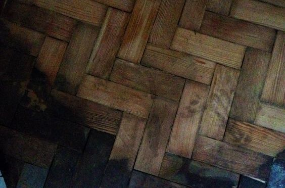 Pining for a warm floor; Installing parquet in 70s flat
