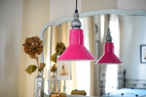 Pendant barn light