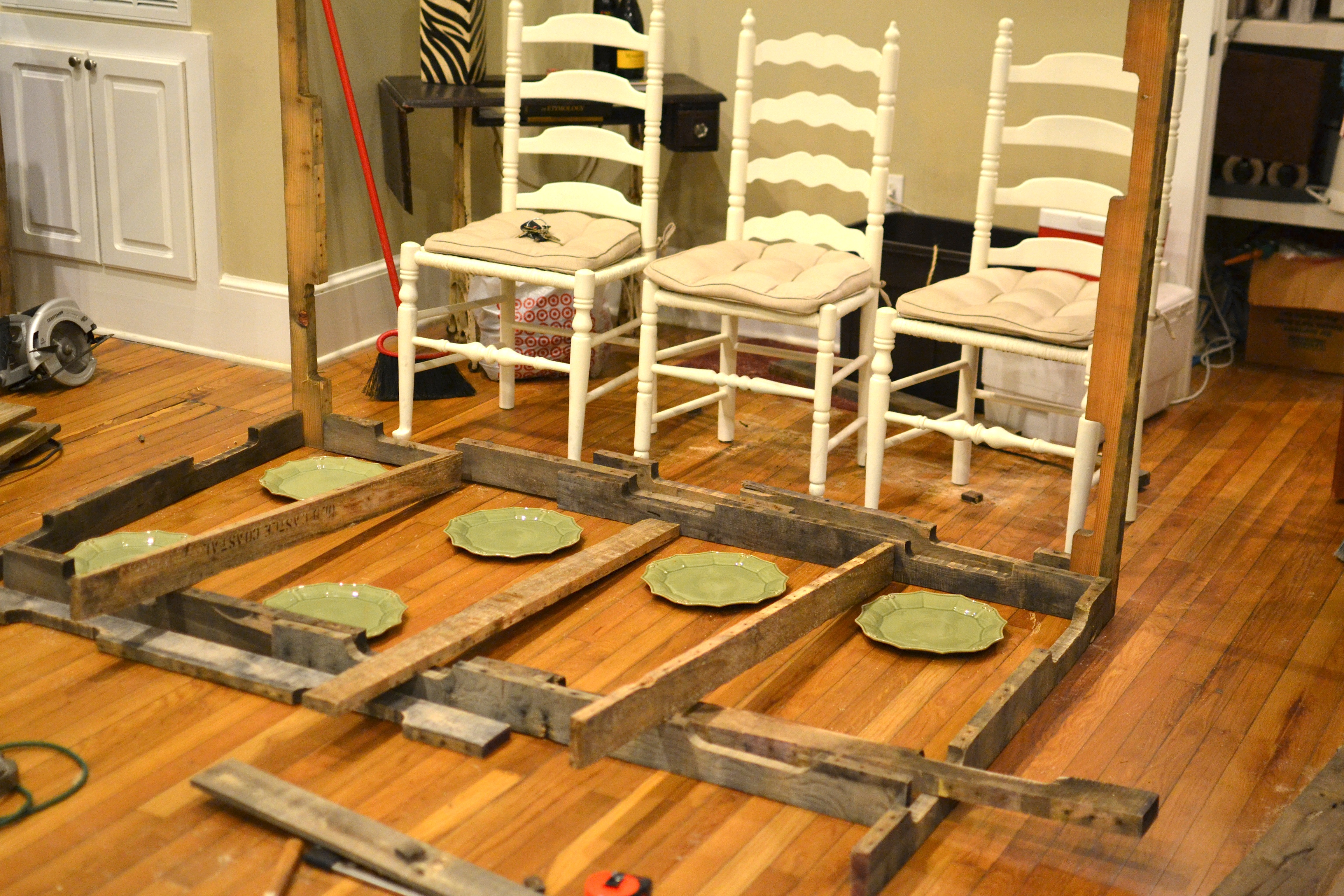 the shipping pallet dining table make kitchen table I