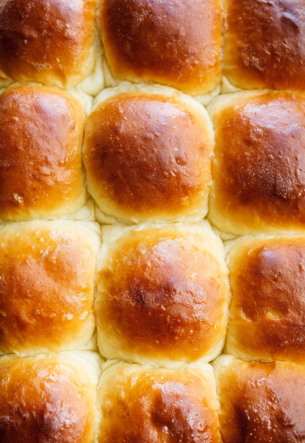 Soft-and-Fluffy-1-Hour-Dinner-Rolls-6