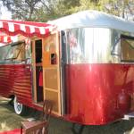 1934 Silverdome 18' Restored WITH self-contained shower/ toilet For Sale