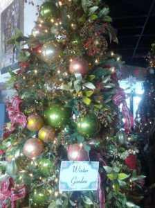 Scottsdale Winter Christmas Tree