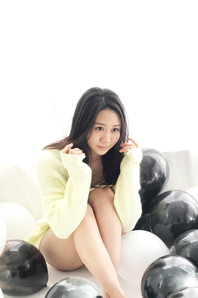 ファッションモデルの古畑奈和さん