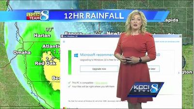 テレビの天気予報中にWindows 10のアップグレード画面が出現 「今日は一晩中強風が吹き荒れるでしょう、このwindows10の広告のように」