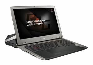 世界初の水冷式ノートPCが登場 ASUSの「ROG GX700VO」 60万円