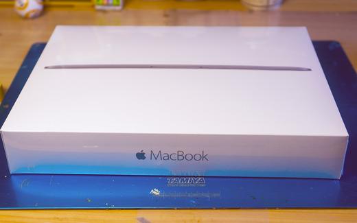 生まれて初めてノートパソコン買ったったwwwwwwwwwwww