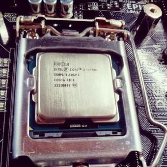【緊急】CPU温度が突然100℃越えてる