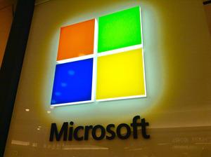 Windowsが低迷 Microsoft社4四半期連続減益