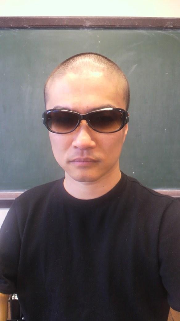 【画像】乙武さん「じゃあ…僕も坊主にします!」