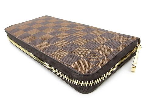 富裕層が持つ財布