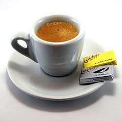 250px-Espresso_and_napolitains