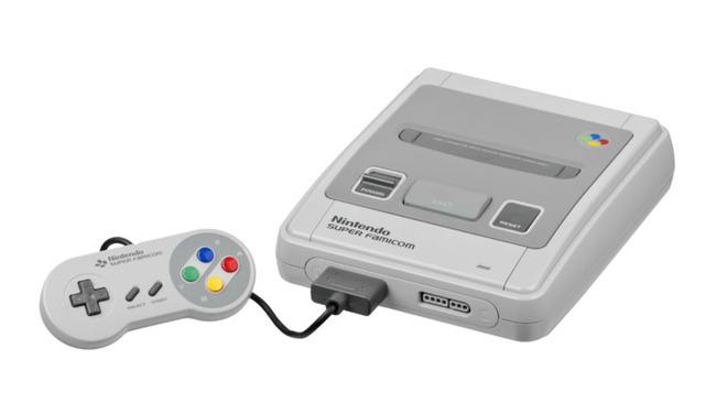 800px-Nintendo-Super-Famicom-Set-FL