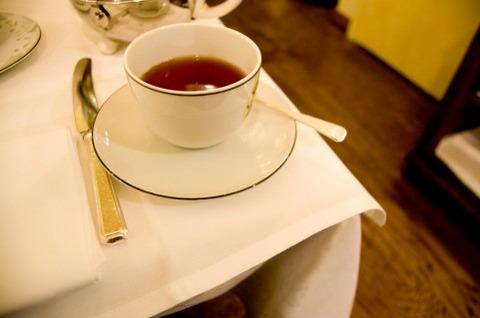 紅茶好きなやついらっしゃい