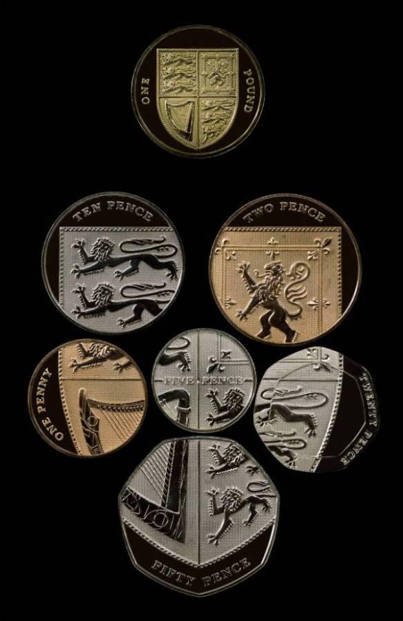 イギリスの硬貨かっけぇえええええ!!!!日本とはレベルが違うな!