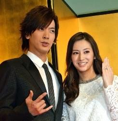 DAIGO、北川景子の結婚会見一問一答が幸せそうで素敵過ぎるwwwwww【動画あり】
