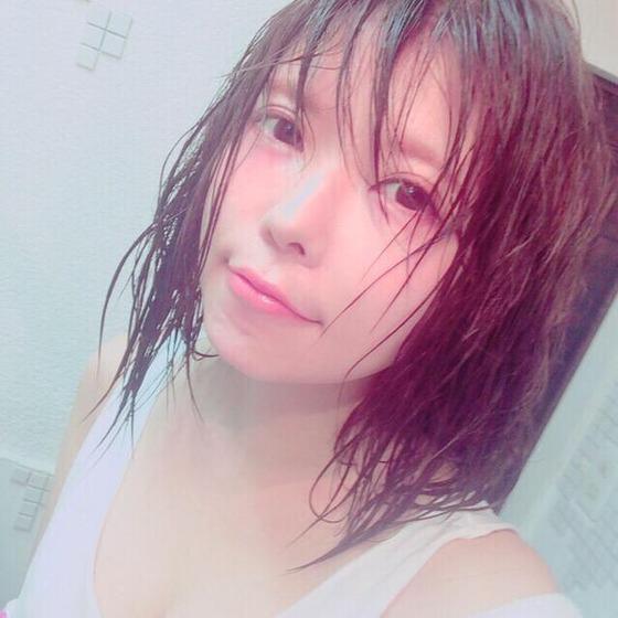 益若つばさが「びしょぬれ」エロかわセクシーショット公開し絶賛の声!?[画像あり]