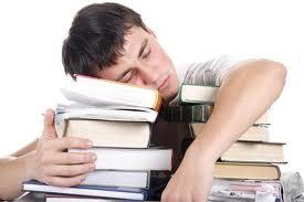 睡眠不足続くと情緒不安定 脳機能低下、うつ病など類似