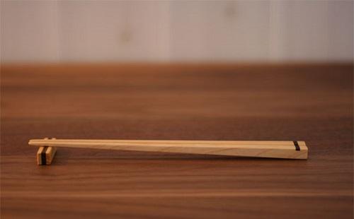 外国人が不愉快に思っている日本人の行為を動画で紹介! 箸を使いたいのにフォーク出してくる店wwwwww