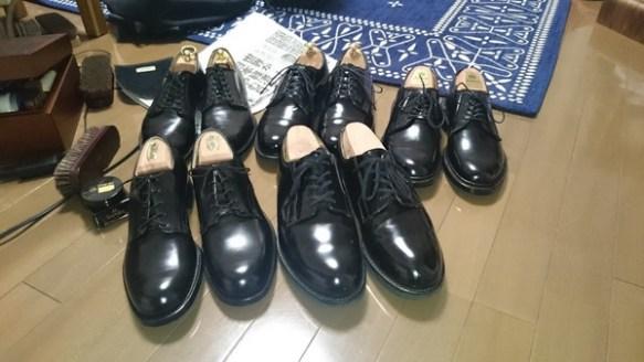【驚愕】おんなじ様な靴ばっかり買ってしまった結果wwwwwwww