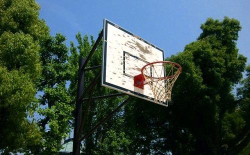 公園で毎日バスケの練習してたら怒られたwwwwwwwwwwww