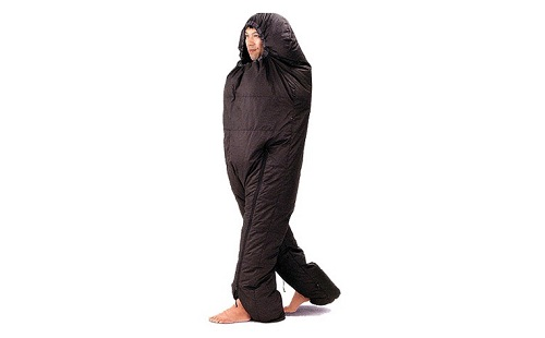 【驚愕】 「歩ける寝袋」で夜道を歩くの楽しすぎワロタwwwww