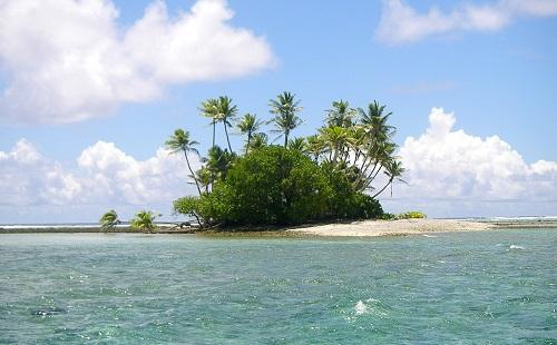 面接官「無人島に持っていくものは?」 俺「スマホだろが」