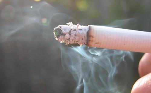 たばこ税なんかどうでもいいから酒税上げろよアホ