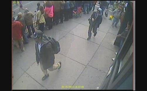 【速報】ボストンテロ事件の容疑者、1人死亡・1人逃走中の事態に