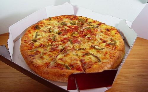 ピザの配達中にアヘ顏するの楽しすぎwwwwww