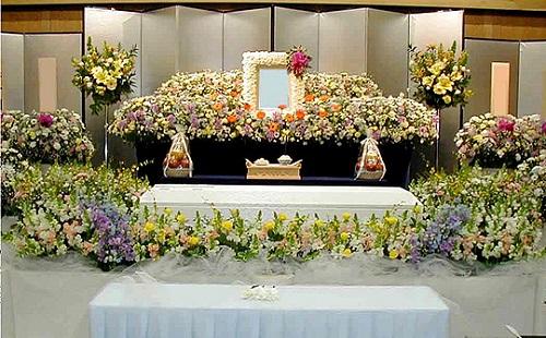 葬儀屋で働いた結果wwwwwwwwww
