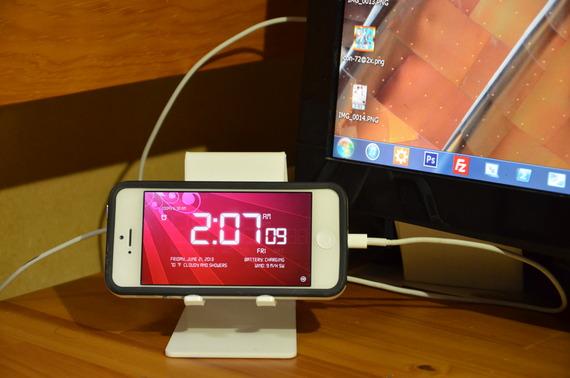 設定項目が豊富で実用性も高い時計アプリ「Alarm Clock 4」